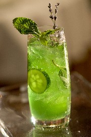 Mandalay_Bay_-_FDL_Lavender_Cucumber_Mojito