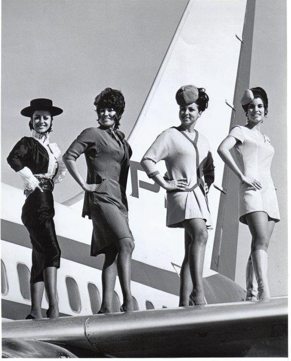 Sexy Stewardesses (21)