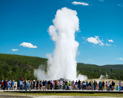 old-faithful-facts